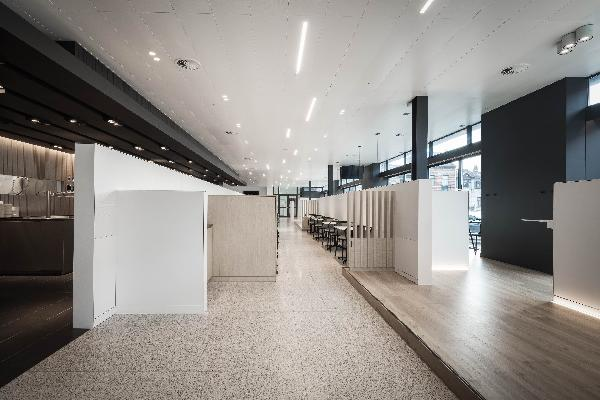 Unid Design - Sébastien Pochet - Restaurant d'entreprise, 130 places assises, moA architecture, Arch. Olivier Michiels. Design Sébastien Pochet. Photo credit Alexandre Van Battel